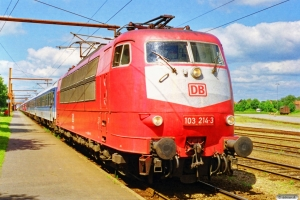 DB 103 214-3 bagpå IP 2184 Hannover Hbf-Fa. Padborg 08.07.1999.