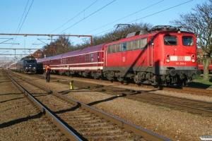 DB 110 209-4+16 personvogne som DZ 13295 og DSB ME 1526 med vogne fra IP 13275 Ar-Pa. Padborg 15.02.2008.