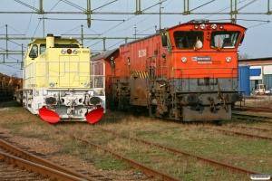 BV DLL 0210B og BV DLL 3104. Åstorp 13.04.2009.