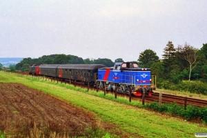SJ T44 365+Bcm+Bcm+DSB ME 1501 som M 6460 Rd-Hg. Langå 15.08.1993.