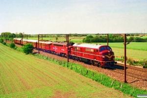 DSB MX 1001+NSB Di3.602+DSB MO 554+ABv 293+BL 1324+AU 251+DB 5101 som MX 8630 Rd-Ro. Km 67,6 Kh (Ringsted-Fjenneslev) 13.05.1994.