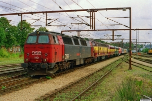 DSB MZ 1401+CFL 1805+CFL 1604+SNCB 202020+MÁV 2761 017+MÁV AcBc 51-55 43-80 011-1+målevogn 001+003 som PM 6443 Od-Tdr. Kolding 16.08.2004.