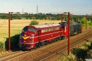 DSB MY 1101+ME 1501 som PM 6141 Mv-Od. Km 153,0 Kh (Marslev-Odense) 10.10.2004.