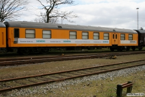 Uaks-x 84 86 93-50 004-5 (ex. BDan 605). Vejle 06.04.2008.