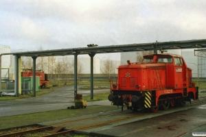 Oiltanking Lok 1 (Henschel 1956/28636) og Lok 3 (Henschel 1954/25599). Hamburg-Hohe-Schaar 29.12.2006.