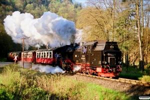 DR 99 7234-0 med Tog 14402. Eisfelder Talmühle 19.05.1991.