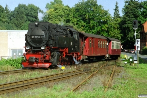 HSB 99 7236-5 med Tog 8939. Wernigerode Hasserode 13.09.2002.