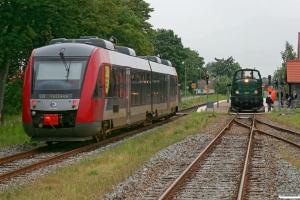 RT 2030+2130 som Tog 192153 Sg-Tø og DSB MT 152. Høng 07.07.2012.