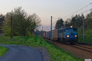 PKPC EU07-210 E+24 v-96 x (containere). Kobiór - Piasek 25.04.2019 kl. 19.33.