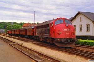 DSB MY 1105+OKMJ A 10+KS C 3+OMB C 16+HTJ C 24+FFJ C 72+HHJ C 25 - Materiel til P 8013 Vj-Jl. Vejle 05.07.1992.