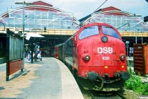 DSB MX 1021+Gs+MC 6503+FC 6003+FC 6004+MC 6504+Gs. København H 05.07.1987.