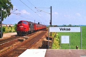 DSB MX 1018 med P 2147 Fs-Ba. Veksø 28.06.1988.
