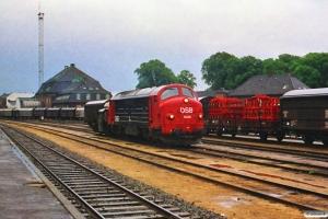 DSB MX 1039+Køf 275. Odense 08.07.1988.