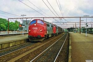 DSB MX 1037+MX 1016 med G 40721 Kk-Rfø. Roskilde 18.08.1990.