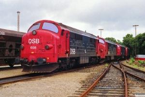 DSB MX 1035+MX 1037+MX 1042+MX 1030 hensat. Korsør 29.06.1991.