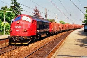 DSB MX 1007 med G 9758 Kk-Gb. Fuglebakken 03.07.1991.