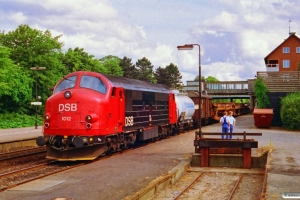 DSB MX 1012 med G 9233 Vo-Nf. Vordingborg 03.07.1992