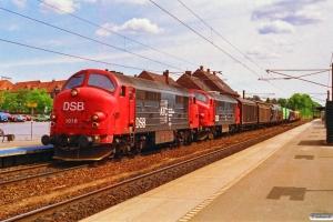 DSB MX 1016+MX 1015 med G 7372 Kk-Pa. Ringsted 03.07.1992.