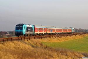 NOB 245 212-6+5 vogne+245 213-4 som NOB 81828. Klanxbüll - Morsum 13.11.2016.
