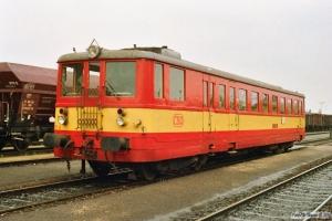 ČSD 830 018-8 som Tog 2253. Retz 19.04.1991.