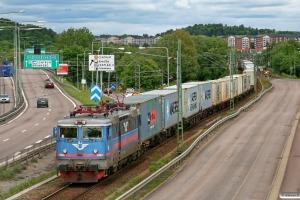 SJ Rc3 1062 med GT 43013. Göteborg Kville - Göteborg Skandiahamnen 03.06.2012.