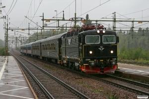 SJ Rc6 1384 med RST 172. Laxå 14.09.2010.