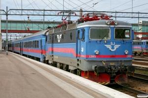 SJ Rc6 1385 med RST 630. Hallsberg 15.04.2009.