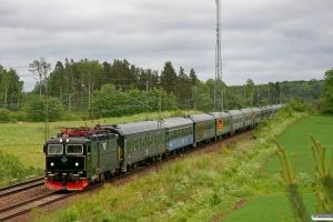 SJ Rc6 1401 med RST 10091. Pålsboda - Hallsberg 06.06.2012.