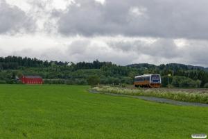 NSB BM 9208+BS 9258 som Pt 435 (Søberg-Steinkjer). Ronglan - Skogn 12.06.2017.