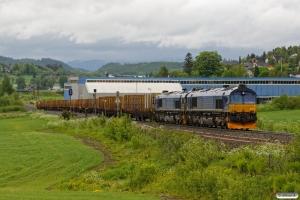 BRLL T66 404+T66 403 med Gt 5752 (Skogn-Trondheim S). Åsen 12.06.2017.