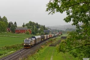 CN 312 004 med Gt 5794 (Bodø-Trondheim S). Østborg Bp - Røstad 13.06.2017.