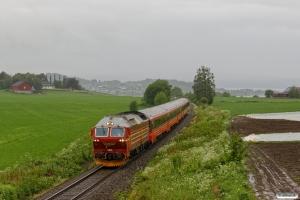 NSB Di4.651 med Pt 471 (Trondheim S-Bodø). Røstad - Østborg Bp 13.06.2017.