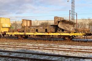 Resterne af ENT 80 86 980 3 138-8 læsset på ENT Xtg 40 86 950 1 202-6. Fredericia 16.01.2021.