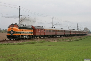 TÅGAB TMY 106+vogne+SJ T41 204 som RST 29848. Åstorp - Ängelholm 14.05.2010.