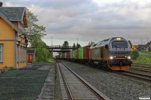 CN 312 001 med Gt 5790 (Bodø-Trondheim S). Ranheim 10.06.2015.