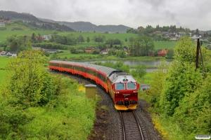 NSB Di4.653 med Pt 471 (Trondheim S-Bodø). Ranheim - Sjølyst 11.06.2015.