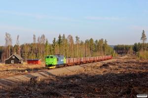 NRFAB TMZ 1448+svellevogne som At 53205 (Hamar-Koppang). Elverum - Rudstad 06.05.2016.