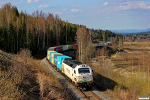 RCT T68.902 med EGt 87536 (Trondheim S-Alnabru). Rena - Rudstad 07.05.2016.