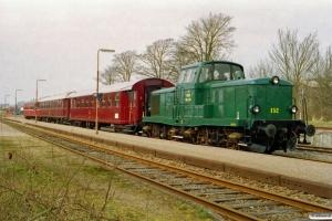 DSB MT 152+BHL 401+AU 253+SB F 4 som PP 6335 Es-Tdr. Skærbæk 12.04.2003.