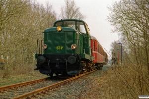 DSB MT 152+SB F 4+AU 253+BHL 401 som Tog 80320 Süderlügum-Tdr. Süderlügum 12.04.2003.