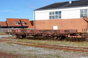 NJJ KS 77 (ex. Ks 01 86 330 0 167-4). Skagen 24.09.2013.