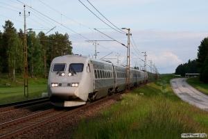 SJ UB2XK 2540+5 vogne+SJ X2K 2040 som RST 546. Boxholm - Mjölby 07.06.2012.