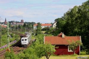 SJ X2 som RST 521. Nässjö 13.06.2014.