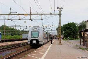 SJ X40 3303+X40 3317 som RST 175. Laxå 11.06.2014.